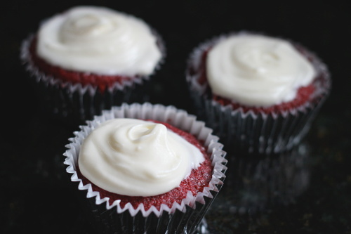 Red Velvet Cupcakes {Gluten-Free} | Wheat-Free Meat-Free