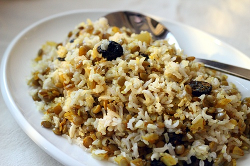 Adas Polo (Persian Lentil Raisin Rice) {Gluten-Free, Vegetarian} | Wheat-Free Meat-Free