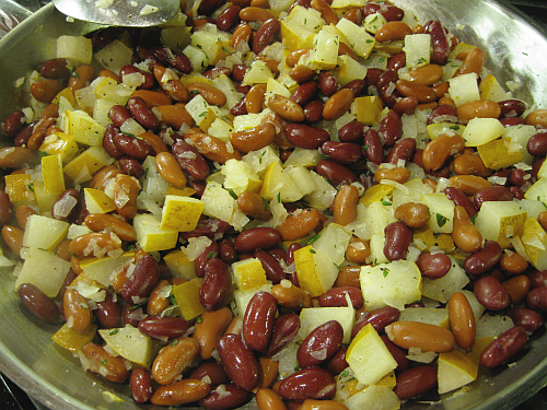 Kidney Beans and Pears | Wheat-Free Meat-Free
