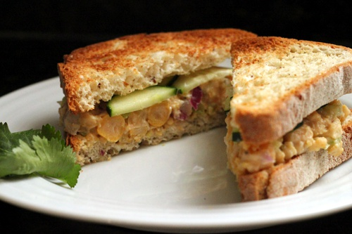 "Chickpea ""Chicken"" Salad Sandwich {Gluten-Free, Vegetarian} 