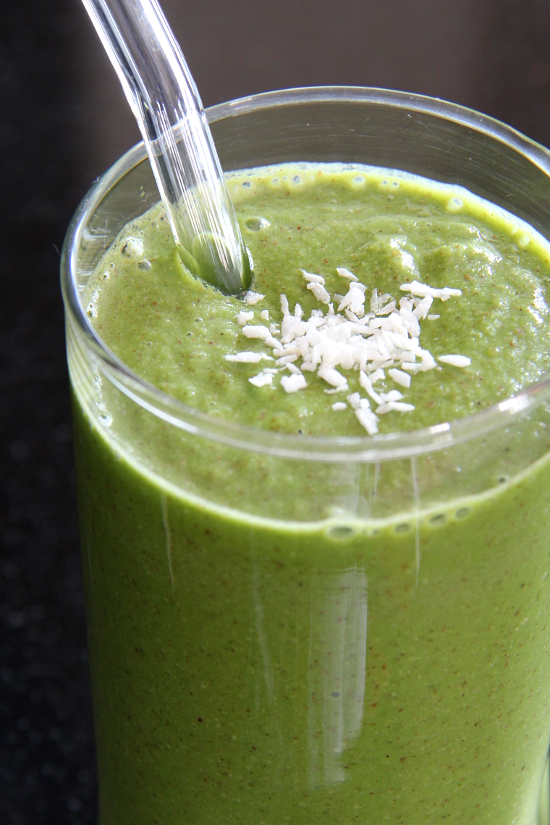 Apple Pie Green Smoothie | Wheat-Free Meat-Free