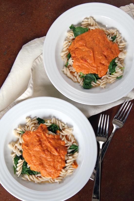 Creamy Tomato-Pumpkin Pasta {Gluten-Free, Vegetarian} | Wheat-Free Meat-Free